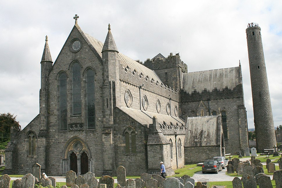 Kilkenny St Canice Cathedral SW 2007 08 28