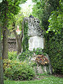 Kriegerdenkmal Friedhof Erlaaer Straße.JPG