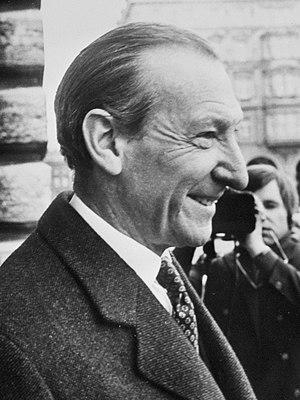 Kurt Waldheim - Image: Kurt Waldheim 1971b