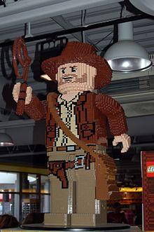 Figura reminiscente de Indy en el parque Legoland Windsor f417c7a25903