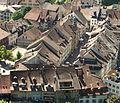 Lenzburg -Altstadt mit Rathaus.jpg