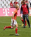Leonie Maier beim Aufwaermen BL FCB gg. SGS Essen Muenchen-3.jpg