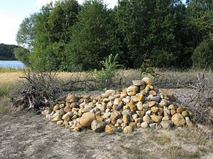 Fieldstone - Collected fieldstones: A clearance cairn near Potsdam in Germany