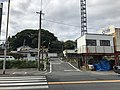 Level crossing of Kyudai Main Line near Hoaki Hospital.jpg