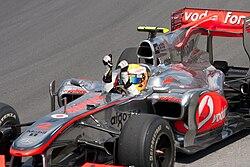 733fd6dce1cb6 Hamilton comemorando sua vitória no Grande Prêmio do Canadá de 2010.