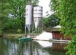 Libohošťský rybník, rybářské zařízení.jpg