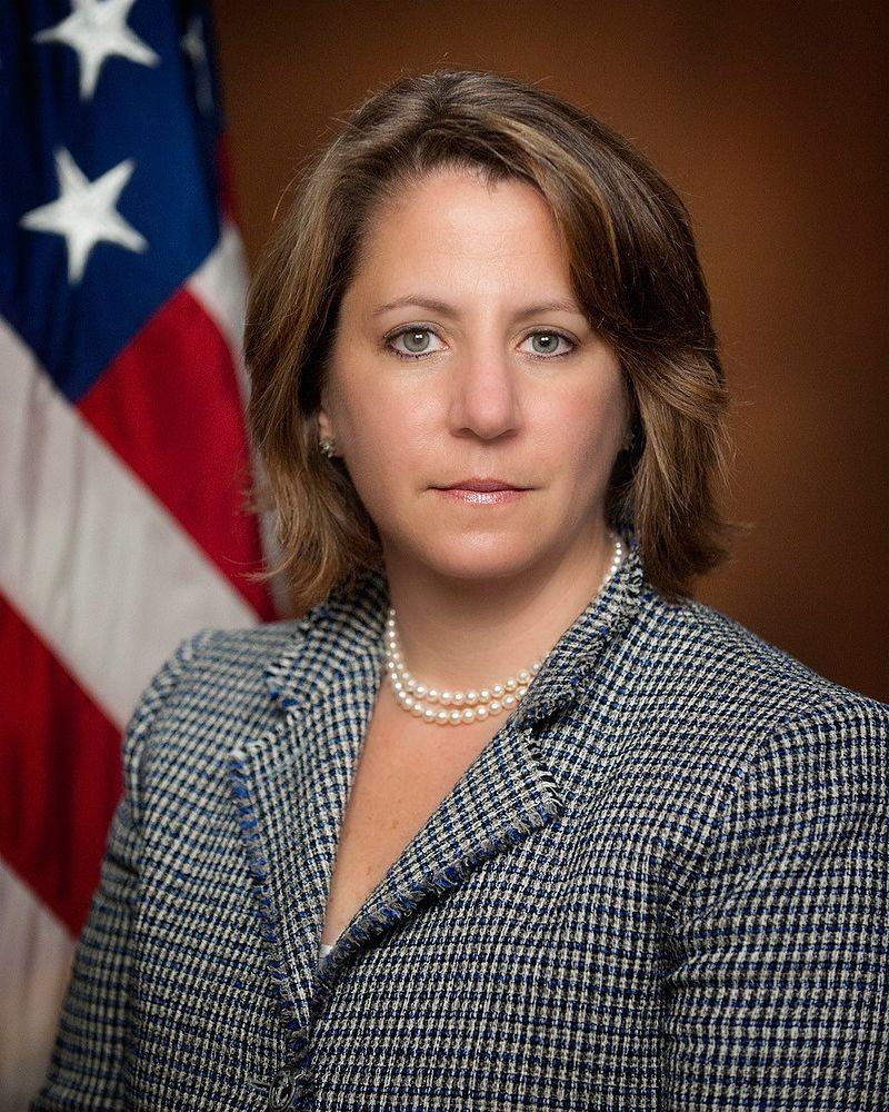 Lisa Monaco --DOJ Portrait--.jpg