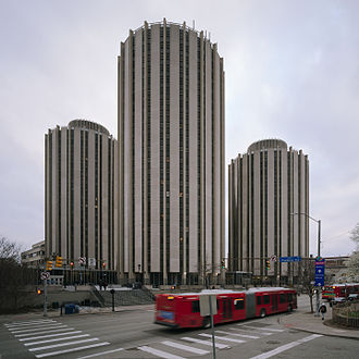 Litchfield Towers - Image: Litchfield Towers in Pittsburgh in 2016