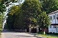 Liubeshiv Volynska-Liubeshivskyi park architecture monument-central entrance.jpg
