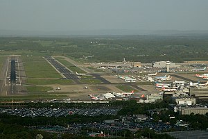 Gatwick Airport - Image: London Gatwick (LGW EGKK) AN1763497