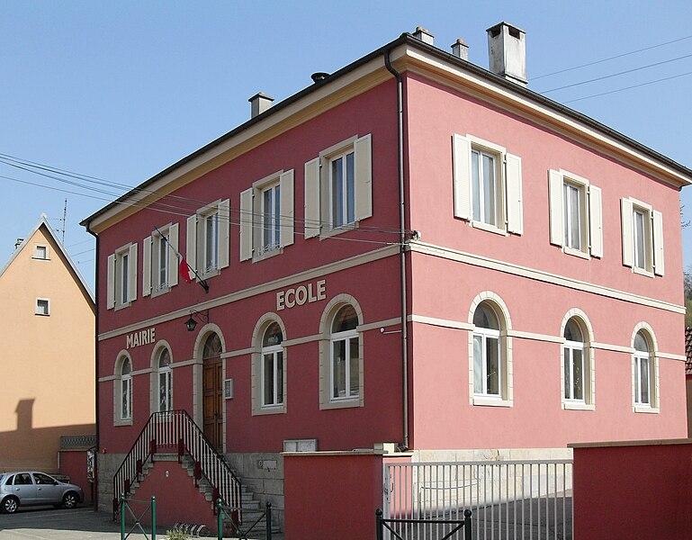 File:Luemschwiller, Mairie-école.jpg