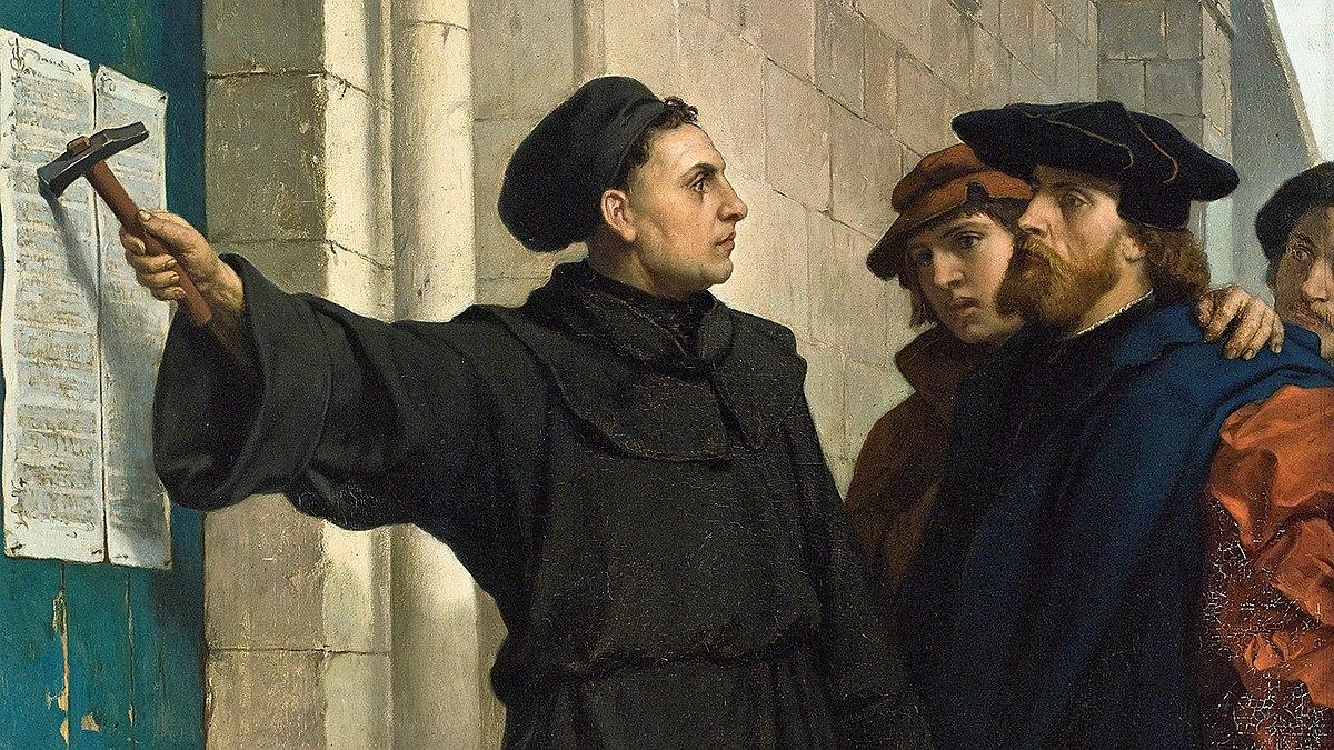 1517年にルターが95か条の論題を城教会の門に貼りだしたことで宗教改革が始まった、とされている。