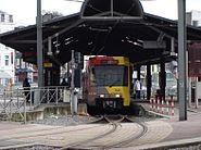 Métro 54 partant de la station Charleroi-Sud (redressée)