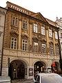 Měšťanský dům U Žernovů, U beránka, U Voglů (Malá Strana), Praha 1, Malostranské nám. 9, Malá Strana.JPG
