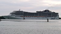 MSC- Cruise passing by near San Erasmo at leaving Venice (cropped) (cropped).jpg