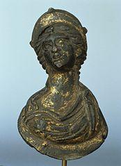 Buste de déesse diadémée (25647)