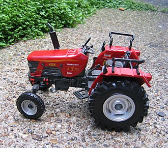 Mahindra Tractors - Scale model of a Mahindra 475 DI