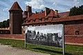 Malbork Castle 1945-2019.jpg