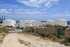 Bengħisa Tower - Oil tanks at the Malta Freeport, with the site of the tower roughly at the centre of this picture