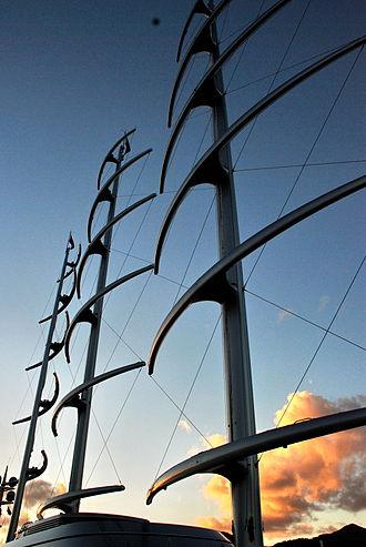 Perini Navi - Image: Maltese Falcon masts