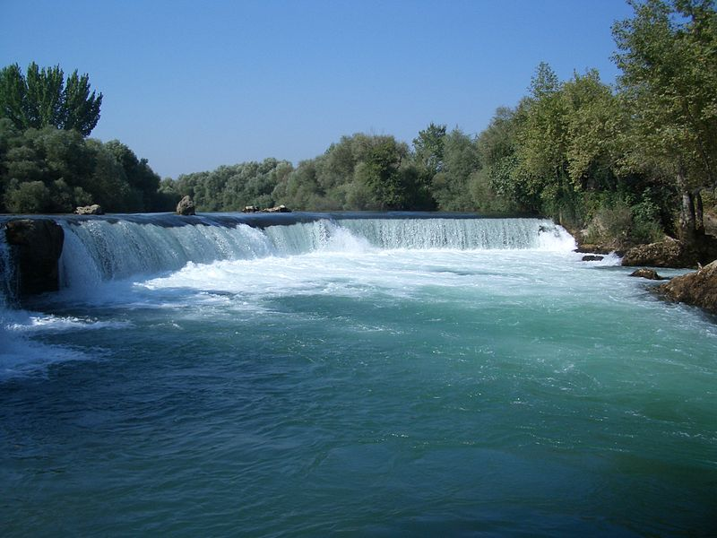 Dosya:Manavgat waterfall by tomgensler.JPG