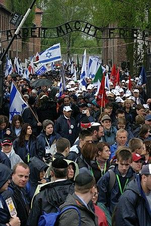 March of the Living - Image: March of the living in auschwitz