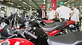 Marcos Jorge na Fábrica da Honda.jpg