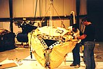 Mars Pathfinder spacecraft - Airbag installed.jpg