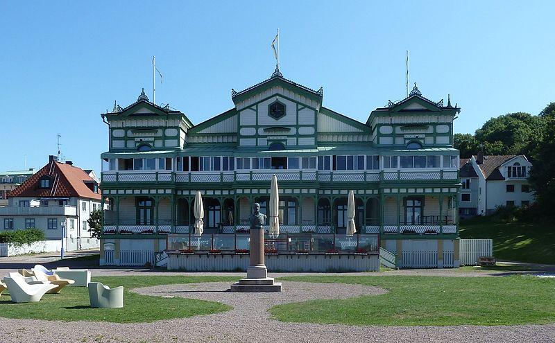 File:Marstrand-Societetshuset-15.jpg