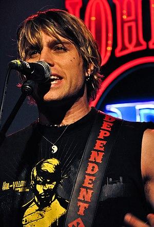 My Darkest Days - Matt Walst live, 2009.