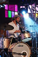Matthew Correia (Allah-Las) (Haldern Pop Festival 2013) IMGP4150 smial wp.jpg