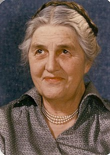 May Theilgaard Watts.jpg