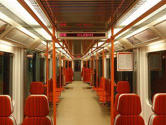 Metro M1 (Prague) - Image: Metro M1 in Prague