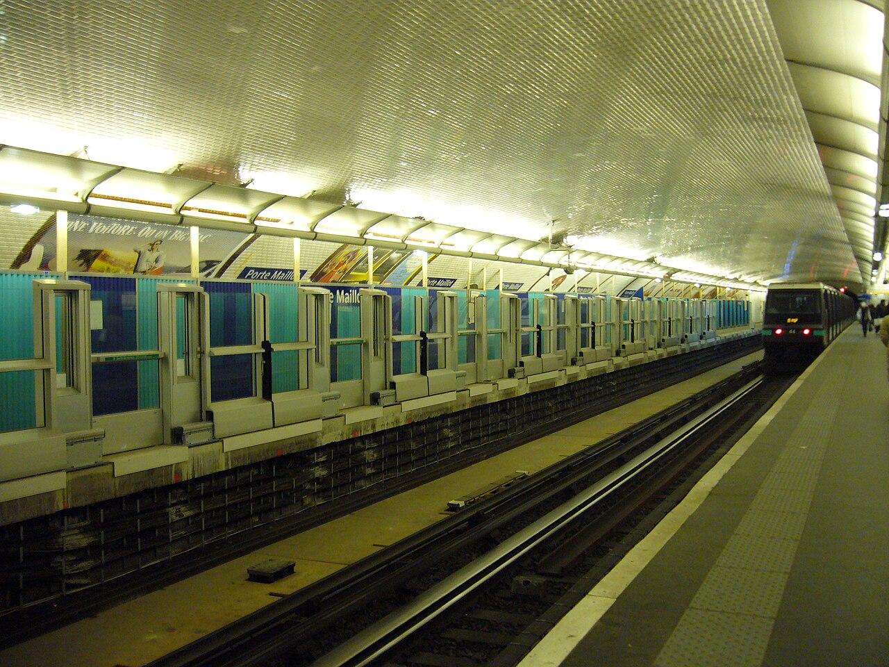 ligne de metro porte maillot subway application