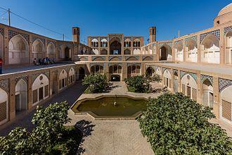Agha Bozorg mosque - Image: Mezquita de Agha Bozorg, Kashan, Irán, 2016 09 19, DD 84