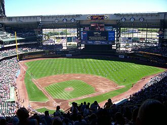 Miller Park (Milwaukee) - Miller Park in 2006
