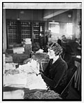 Miss Myrtie Soper in dead letter office, (1-26-26) LCCN2016841723.jpg
