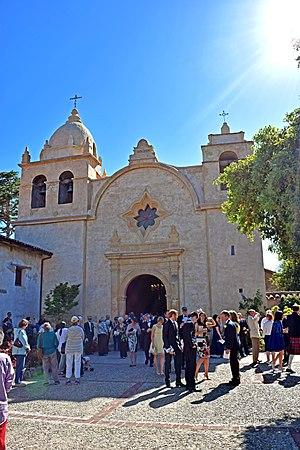 Mission San Carlos Borromeo de Carmelo - Image: Mission San Carlos Borromeo de Carmelo 2016