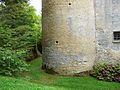 Montignac (24) Coulonges tour est base.jpg