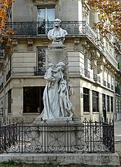 Monument to Théophile Roussel