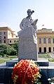 Monument to Lyoyna Golikov 1975 Novgorod.jpg
