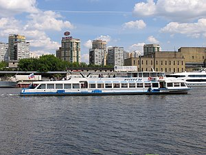 Moskva-89 on Khimki Reservoir 25-jun-2012 04.JPG