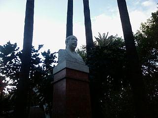 Monumento a Antonio Muñoz Degrain