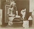 Musée égyptien - Intérieur d'une salle - le premier prophète d'Amon, Ramsèsnakht, écrit sur un papyrus les préceptes que lui dicte le dieu Thot - Le Caire - Médiathèque de l'architecture et du patrimoine - AP62T163560.jpg