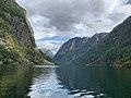 Nærøyfjord - 49533720798.jpg