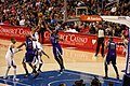 Nick Young shoots over Tyreke Evans Kings@Clippers.jpg