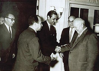 Adnan Pachachi - Adnan Pachachi and Krim Belkacem meeting with Nikita Khrushchev, leader of the Soviet Union, in 1960