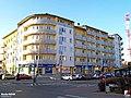 Nowy Dwór Mazowiecki, Modlińska 1, Rezydencja Modlińska - fotopolska.eu (263125).jpg