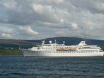 Ocean Majesty departing Tobermory Bay - geograph.org.uk - 1591499.jpg