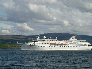 Ocean Majesty departing Tobermory Bay - geograph.org.uk - 1591499.jpg